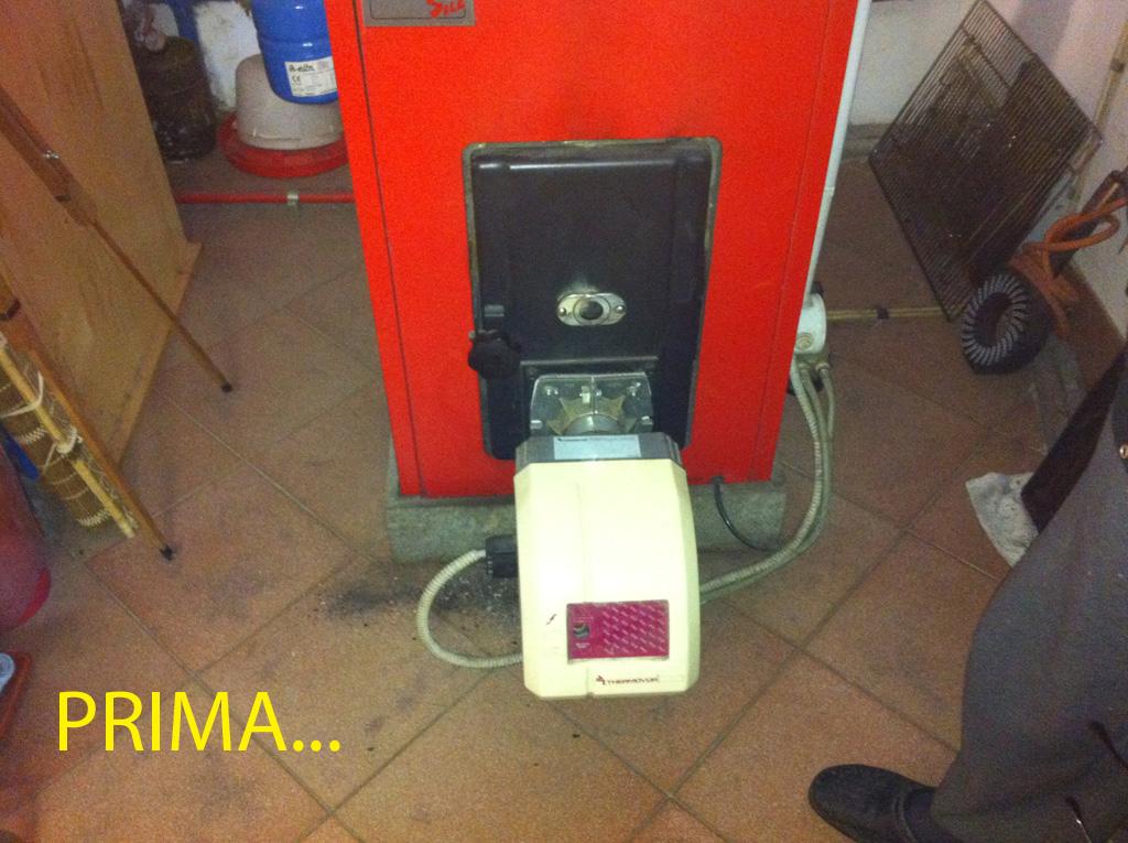 Caldaia a gasolio bruciatore di pellet per conversione for Caldaie usate a metano